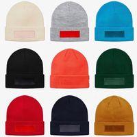 chapeaux de logo sportif achat en gros de-18FW New Era Box Logo Bonnet Bonnet Tricoté Cold Hat Cap Rue Voyage Pêche Casual Automne Hiver Chapeau Chaud Sport En Plein Air Chapeaux HFLSMZ047
