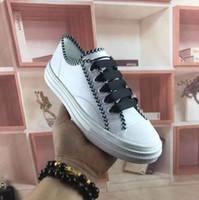 ingrosso scarpe da ginnastica in pelle-2020 nuove sneakers signore del progettista calzature casual in pelle bianca della moda di lusso fiori scarpe ricamate con le scatole