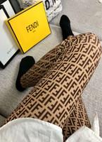 mulher seda sexy venda por atacado-2 cores Marca Mulheres Meias F Leters Popular Logotipo meias de Seda de ouro Meia Sexy Meias Moda festa Clube calças Justas calças Para A Menina Das Senhoras