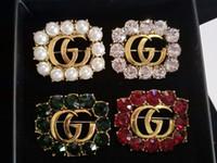 güzel broş toptan satış-Avrupa ve Amerika Lüks Tasarım Pins Broşlar Altın Kaplama Ikincisi Erkekler Kadınlar için Broşlar Iğneler için Parti Düğün Güzel hediye