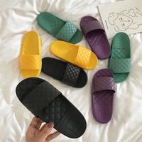 misturas de pão venda por atacado-Sandálias de Fundo Grosso Sapatos de Praia de Areia Pão Chinelo Mulheres Antiderrapante Estudante de Verão Cores Mix Moda 14 rhf1