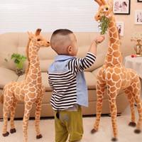 jirafa amarela plush venda por atacado-Bonito Enorme Girafa Plush Brinquedos Realistas Animais Dos Desenhos Animados Bonecas De Pelúcia Simulação Real Amarelo Veados Brinquedos Macios Presente de Aniversário Crianças Brinquedo J190718