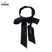 bufandas coreanas para mujeres al por mayor-Nuevo negro largo de seda bufandas de seda estrecha Versión coreana caja de regalo con corbata corta profesional marea cinta cinta bolsa decorativa