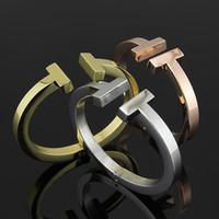 ingrosso braccialetto di prezzi 18k-Braccialetti doppio T di prezzi di fabbrica all'ingrosso Bracciale in acciaio al titanio nero oro rosa 18 carati