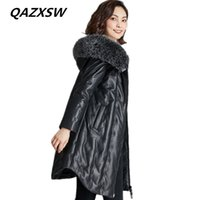 длинные шубы оптовых-2018 New Women's Winter Genuine Leather Coat Leather Down Jacket Long Sheep Skin Loose Thick Warm  Fur Hooded Outer LE363