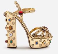 plataformas de diamante perla al por mayor-Envío gratis 2019 Ladies diamond Pearl 14CM Chunky tacón alto abierto peep-toes European American palace Platform SANDALS SHOES Tamaño de oro 35-42