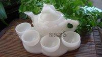 conjunto chinês do chá do fu do kung venda por atacado-chá kung fu chá chinês com naturais bule jade branco e copo de chá Um conjunto