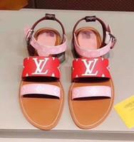 sapato novo estilos europeus venda por atacado-Novas mulheres hot qualidade estilo europeu sapatos de couro importado sandálias femininas chinelos femininos moda feminina calcanhares FLAT