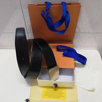 design gürtel männer kostenlos großhandel-New Ledergürtel für Männer und Frauen hochwertige Modedesigner für Männer Taille Design Flugzeug Gold, Silber, Schwarz glatte Schnalle frei liefern