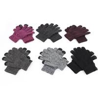 guantes de punto caliente al por mayor-Guantes impresos con letras Guantes de pantalla táctil de 6 colores Guantes cálidos de punto liso de invierno Mitones elásticos 30 pares OOA7120