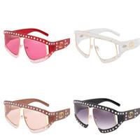 gafas de sol de varios colores al por mayor-Pearl Rivet Mujeres Gafas de sol de luz polarizada Sunglass Grace Marco de fotos grande Gafas Bardian Fashion Multi Colors 23ph D1