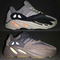 sapatas macias dos picos dos mens venda por atacado-Wave Runner 700 Shoes Chegou, Kanye West bateu Vanta Salt Inertia Tephra lançamento - Runner 700 v2 Static Mauve cinza sólido Sneakers