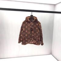 braune kapuzenjacke groihandel-Monogramme Brown Hoodie Korallen Vlies mit Kapuze Samt Pullover Fashion Bekleidung Streetfreizeitjacke Outdoor-Sweatshirts Damen Herren Mantel