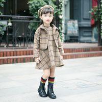 koreanische kinder mädchen wolle groihandel-Kleinbabymädchenwinter Outfits 3pcs koreanischer karierte Wollweste Kleidmantel mit Kappe Kleidung Sets Kinder Designer Trainingsanzüge Boutique Kleidung