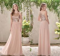 lentejuelas de oro rosa vestidos de dama de honor al por mayor-Una línea de lentejuelas de oro rosa Principales largos vestidos de dama de honor de playa de gasa Halter Sin respaldo volantes Blush Pink Maid Of Honor Gowns