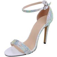 peep toe silber prom großhandel-Kristall Hochzeit Braut Peep Toe Riemchen High Heel Sandalen 2019 Promi inspiriert formelle Kleidung Schuhe 11cm Gold Silber Grün Prom Schuhe