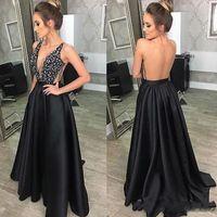 frisado modesto vestidos de baile venda por atacado-Sexy preto longo Prom Dresses com paetês frisados Backless de cetim até o chão Modest V Neck Vestidos Formal baratos