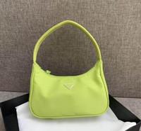 bolsos de tela para mujeres al por mayor-Bolsas de diseñador clásicas de lujo para mujer Monedero de nylon Bolsa de media luna Tela combinada Bolsas fluorescentes Bolsas Cartera Bolsa Paracaídas Bolsas de tela