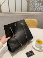 Wholesale skull handbags sale for sale - Group buy 2020 High Quality Fashion Shell Handbags Genuine leather Crossbody Bag Shoulder Tote Bags colors factory direct sale luxury cowhide bags