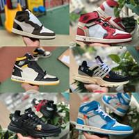látex de aire al por mayor-2019 New Travis Scotts X air jordan 1 off High OG Mid Basketball Shoes Barato Royal Banned Bred Black White Toe Hombres Mujeres 1s No para reventa V2 Presto Shoes