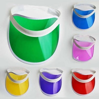 ingrosso cappello di protezione solare di plastica-visiera parasole 2019 estate trasparente colorato in plastica PVC parasole visiera protezione UV parasole cappelli mare spiaggia