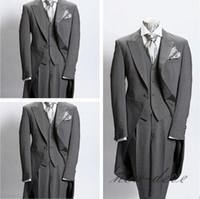 лучшие костюмы оптовых-Фактические изображения свадьба фрак тускло-серый отделка Шафер друзья жениха одежда Slim Fit британский плед мужские свадебные костюмы куртка + брюки + жилет