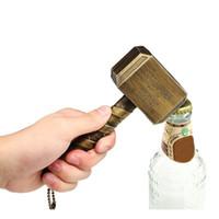 ingrosso cappelli di vendicatori-Apribottiglie di birra Thor Hammer Apribottiglie creativi del martello Avengers Apribottiglie di plastica Apribottiglie Utensili da cucina Gadget Utensili da bar