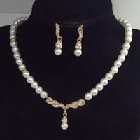 conjuntos de boda de diamantes de perlas al por mayor-Collar de moda Pendientes Conjunto Mujeres Colgantes de Perlas de Plata Collar Corto Gargantilla Collar de Diamantes Collar Joyería del Banquete de Boda
