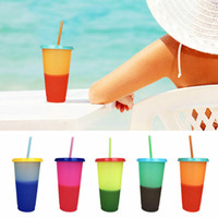 temperatura cambio de color tazas de cafe al por mayor-Plástico Cambio de temperatura Color Tazas Colorido Agua fría Color cambiante Taza de café Taza Taza Botellas de agua con pajitas Set MMA2229