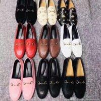 плоские подошве мокасины пряжки оптовых-Мокасины дизайнерского бренда Mules Princetown Повседневная обувь на плоской подошве Металлическая пряжка Женская обувь Натуральная кожа Мужчины женщины Пчелы Растоптать Ленивые туфли