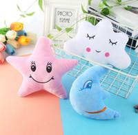 video oyunları yılbaşı peluş oyuncaklar toptan satış-Doldurulmuş Ay Yıldız Bulutu Yumuşak Peluş Oyuncak Araba Ev Dekorasyonu Hediyeler Çocuk Bebek Odası Süsleme Parti Dekorasyon