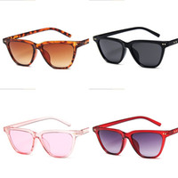 grandes lunettes noires femmes achat en gros de-Ins Femmes Lunettes De Soleil En Plastique Grand Cadre Lunettes De Soleil Rue Pat Wild Joker Lunettes Noir Rouge Rose Violet Mode Simple 5 5mn D1