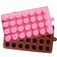 alimentos de chocolate venda por atacado-28 grade qq emoji molde diy molde de chocolate bandeja de gelo rosto sorridente padrão de sílica gel food grade ferramentas de cozimento 2 8hq c1