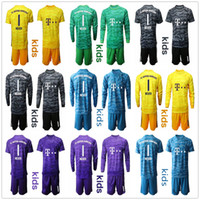 conjunto completo de jersey venda por atacado-2019 2020 A juventude caçoa manga comprida NEUER Goleiro Jersey Kit Futebol Define # 1 Manuel Neuer # 26 Ulreich Hoffmann Football Kits KID uniforme completo