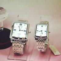 aço inoxidável jp venda por atacado-Moda Longbo Marca Praça relógio de Quartzo Cheio de Aço Inoxidável JP Movimento amantes Homem Mulher Presente de Quartzo relógios de Pulso