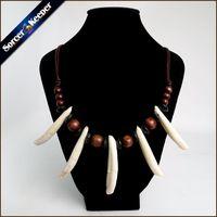 wolfzahn anhänger für männer großhandel-Frauen Männer Tibet Schmuck Amulett Weiß Echt Wolf Zahn Zähne Canine Knochen Carving Anhänger Surfer Leder Seil Halskette Einstellbar