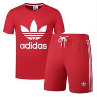 erkek takım elbise toptan satış-Yaz erkek Tasarımcı Mektuplar Spor Eşofman ile T-shirtsShorts Eşofman Eşofman Lüks Kazak Kısa Joggers Pantolon Tops giyim