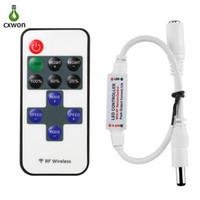 программы-контроллеры оптовых-Новый светодиодный контроллер 11 ключей 12 в мини-контроллер 8 программа постоянного тока РФ беспроводной пульт дистанционного диммер для 3528 5050 5630 один цвет полосы света