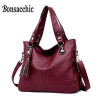 yumuşak deri siyah çanta toptan satış-Yumuşak Deri Çanta Kadın Kırmızı Çanta Lüks Çanta Kadın Çanta Tasarımcısı Siyah kadın Hobos Çanta Satış Büyük Bayanlar Deri HandbagMX190824