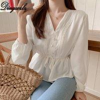 schwarze spitze v-ausschnitt bluse großhandel-Dingaozlz V-Ausschnitt stechende Spitzen Bluse mit langen Ärmeln Frauen Hemd Rüschen Dame Tops Schwarz / Weiß