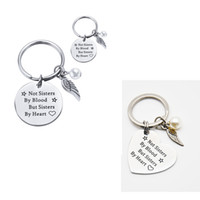 Wholesale Personalized Sister Stainless Steel Keychain Engraved Not Sisters By Blood But Sisters By Heart Keyring Heart Key Chains Pendant Jewelry