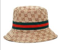 ingrosso donne di bowlers cappello-Gli ultimi designer di cotone lettera secchio cappelli per uomo donna protezione pieghevole pesca caccia pescatore spiaggia visiera di sole vendita pieghevole uomo bombetta cappello