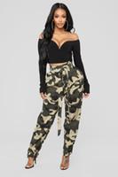 pantalones militares mujeres al por mayor-Señoras de las mujeres del verano Camo Cargo Pantalones Pantalones de cintura alta Pantalones flojos ocasionales Combate militar Pantalones vaqueros de camuflaje Pantalón verde del ejército