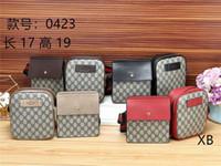 poches de sacs à cosmétiques achat en gros de-2019 Nouvelle boutique hommes et femmes sacs à main de mode taille sac à bandoulière poches haut de gamme multi-fonction en cuir sac cosmétique portefeuille livraison gratuite