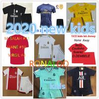 xxl beyaz gömlek toptan satış-Üst 2019 2020 psg çocuklar kitleri Gerçek Madrid beyaz futbol forması tasarımcı t shirt ISCO SERGIO RAMOS futbol formaları maillot de ayak