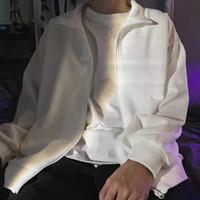 vêtements populaires gratuits achat en gros de-2019 nouvelle arrivée de vêtements pour hommes de mode manteau de protection solaire populaire coupe-vent veste taille M-XL 01 livraison gratuite