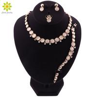 ingrosso set di gioielli africani-Opal Pendant Stone Collane Orecchini Bracciale Ring African Beads Jewelry Set per le donne Crystal Costume da sposa gioielli