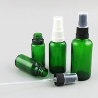botellas de aceite esencial verde 15ml al por mayor-10 x 5 ml 10 ml 15 ml 20 ml 30 ml 50 ml 100 ml 100 ml de aceite esencial Botellas verdes con pulverizador Cierre antirrobo para pipeta de reactivo líquido