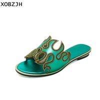 strass verdes sandálias planas venda por atacado-XOBZJH Sandálias Das Mulheres 2018 Verão Strass Senhoras de Luxo Sandálias Flat Toe Aberto Verde Sapatos Mulheres Designers Plus Size Us 11