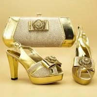 geldbörse passende schuhe großhandel-Neuestes Design High Heels Italienische Damen Pumps mit Geldbörse Afrikanische Schuhe und Taschen Passendes Set Nigerianische Schuhe und passende Taschen